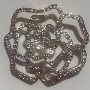 Vintage Avon Rose Brooch 🌹